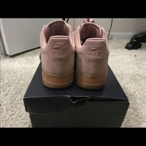 Air Force 1 Pink Salmon suede ! Size 9.5 Us